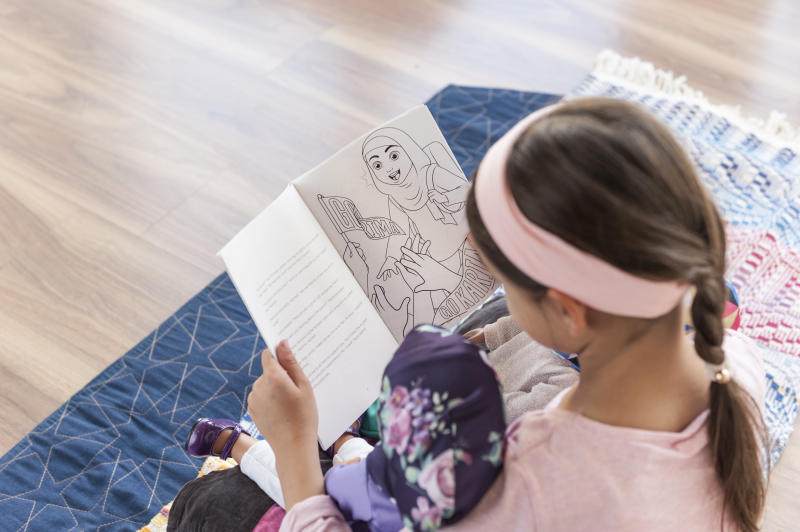 The Salam Sisters dolls come with a storybook, headscarves and hairbrush. The dolls are also have an accompanying app with augmented reality features. (Salam Sisters / Zileej)
