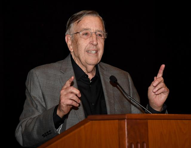 "Brent Musburger has agreed to a three-year deal to become the new radio play-by-play announcer for the <a class=""link rapid-noclick-resp"" href=""/nfl/teams/oak"" data-ylk=""slk:Oakland Raiders"">Oakland Raiders</a>. (Getty Images)"