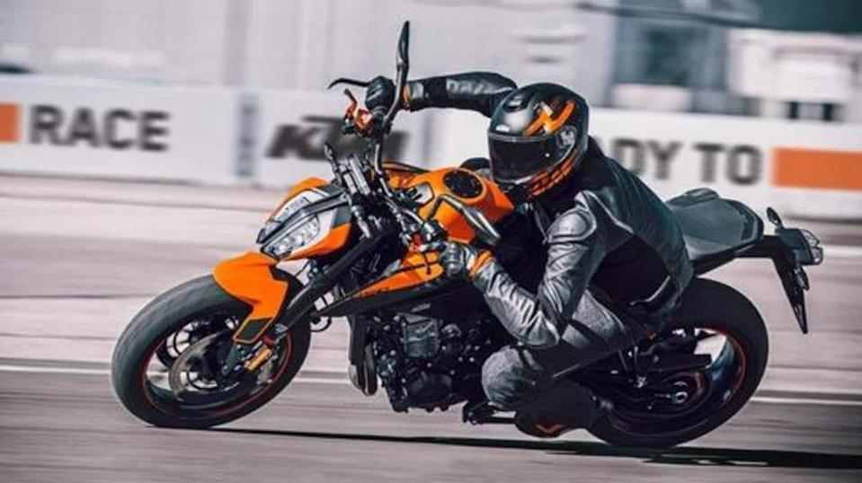 Limited-run KTM 890 Duke revealed; to be sold in France