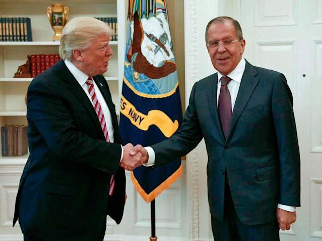 <p>President Donald Trump shakes hands with Russian Foreign Minister Sergey Lavrov in the White House in Washington, Wednesday, May 10, 2017. (Photo: Russian Foreign Ministry Photo via AP) </p>
