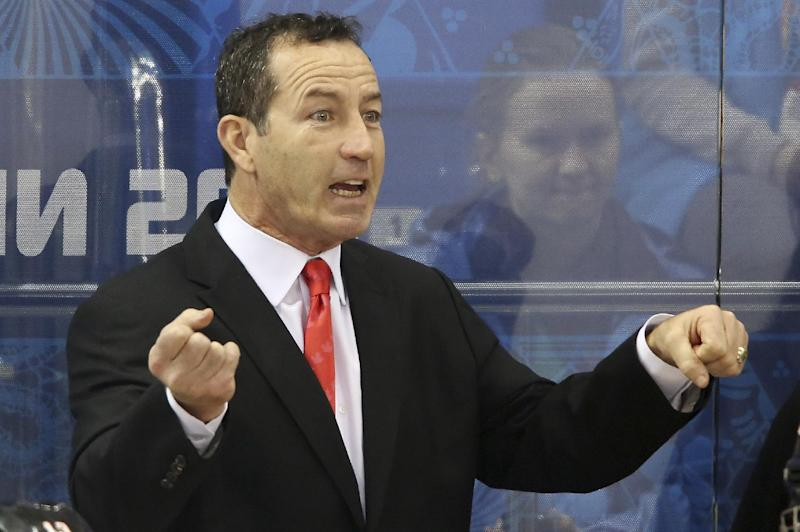 Kevin Dineen hired as Blackhawks assistant