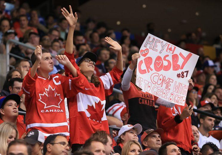 TORONTO, ON - SEPTEMBER 21: Fans cheer on Sidney Crosby #87 of Team Canada during the World Cup of Hockey 2016 at Air Canada Centre on September 21, 2016 in Toronto, Ontario, Canada. (Photo by Vaughn Ridley/World Cup of Hockey via Getty Images)