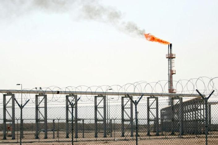Iraq's government relies on oil for 90 percent of revenues (AFP Photo/HAIDAR MOHAMMED ALI)
