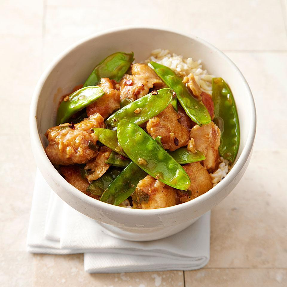 <p>In this healthy version of a General Tso's Chicken recipe, we cut the fat and sodium in half from the original version by not frying the chicken and by using half as much soy sauce in this Chinese-takeout favorite. Serve with steamed baby bok choy or sautéed spinach and steamed brown rice.</p>