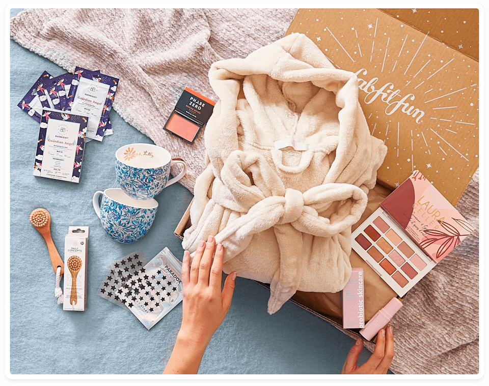 "<p>fabfitfun.com</p><p><strong>$49.99</strong></p><p><a href=""https://go.redirectingat.com?id=74968X1596630&url=https%3A%2F%2Ffabfitfun.com%2Fget-the-box%2F&sref=https%3A%2F%2Fwww.menshealth.com%2Ftechnology-gear%2Fg35203284%2Fbest-wife-gifts%2F"" rel=""nofollow noopener"" target=""_blank"" data-ylk=""slk:BUY IT HERE"" class=""link rapid-noclick-resp"">BUY IT HERE</a></p><p>Take the guesswork out of shopping and get your wife a curated gift box this Valentine's Day that has premium trending products she's going to love. You can get the annual membership and she'll receive a new box each season, or a one-time purchase box. It's the gift that keeps on giving (and for a really great value!)</p>"