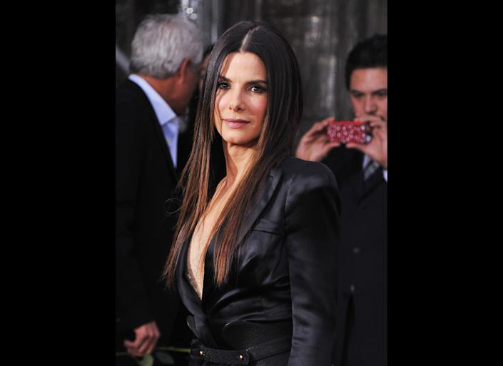 NEW YORK, NY - DECEMBER 15: Actress Sandra Bullock attends the 'Extremely Loud & Incredibly Close' New York premiere at the Ziegfeld Theater on December 15, 2011 in New York City. (Photo by Stephen Lovekin/Getty Images)