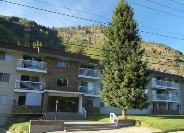Tenants of Waneta Manor in Trail, B.C., have been troubled by an elevator outage that has gone unresolved since February.  (Submitted by Jennifer Laidlaw - image credit)