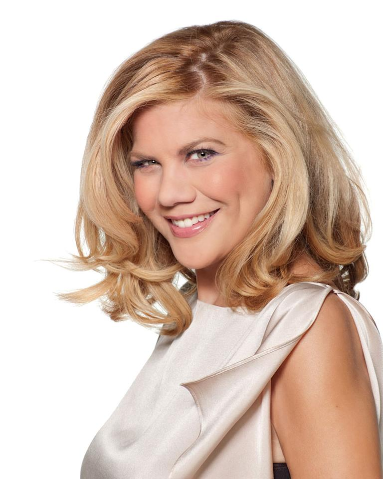 "Kristen Johnston stars as Holly Franklin in ""The Exes."""