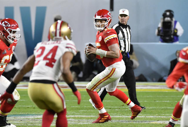 Kansas City Chiefs quarterback Patrick Mahomes drops back to pass against the San Francisco 49ers in Super Bowl LIV at Hard Rock Stadium on Feb. 2, 2020. (Photo by Focus on Sport/Getty Images)