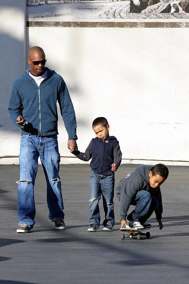 "Funnyman Dave Chappelle spends a relaxing afternoon with his family, including sons Sulayman and Ibrahim, while running errands in Los Angeles. Ginsburg-Spaly/<a href=""http://www.x17online.com"" target=""new"">X17 Online</a> - December 3, 2007"