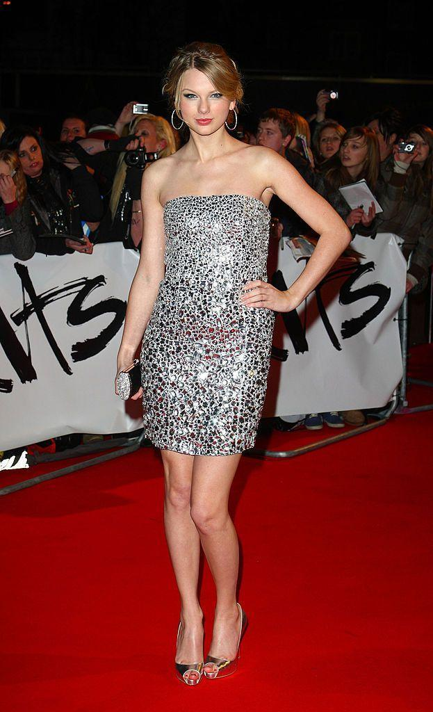 <p>The pop star attended her first BRITs in 2009 at Earl's Court, where she wore a strapless sequin mini dress by Kaufman Franco.</p>