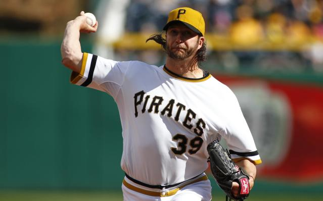 PITTSBURGH, PA - APRIL 06: Jason Grilli #39 of the Pittsburgh Pirates pitches in the ninth inning against the St. Louis Cardinals during the game at PNC Park April 6, 2014 in Pittsburgh, Pennsylvania. The Pirates defeated the Cardinals 2-1. (Photo by Justin K. Aller/Getty Images)