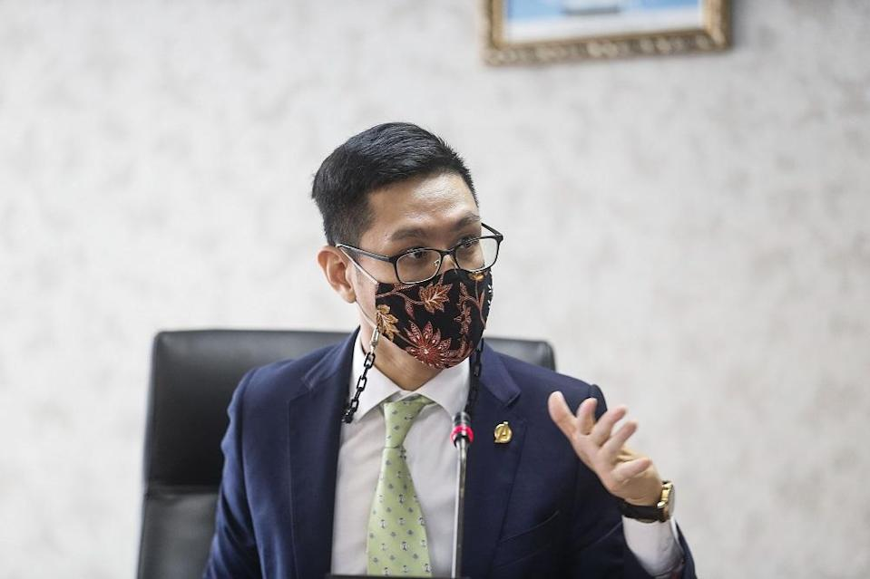 Penang state exco for Infrastructure and Transportation Zairil Khir Johari speaks to reporters at Komtar in George Town April 27, 2021. ― Picture by Sayuti Zainudin