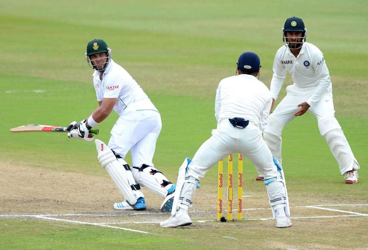 DURBAN, SOUTH AFRICA - DECEMBER 29: Jacques Kallis of South Africa plays to fine-leg during day 4 of the 2nd Test match between South Africa and India at Sahara Stadium Kingsmead on December 29, 2013 in Durban, South Africa. (Photo by Duif du Toit/Gallo Images/Getty Images)