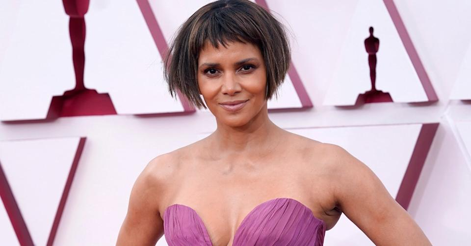 Halle Berry's red carpet look at the 93rd Academy Awards drew criticism online. (Image via Getty Images)