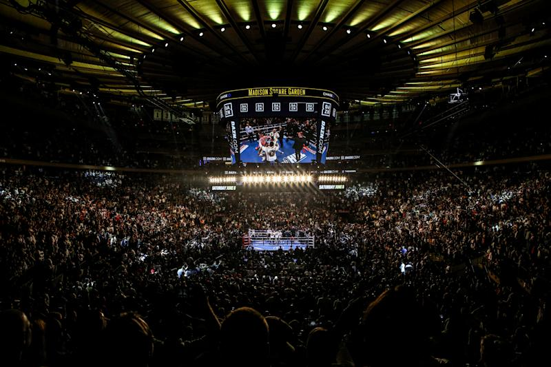 NEW YORK, NEW YORK - JUNE 01: The New York crowd after Andy Ruiz defeated Anthony Joshua due to referee stoppage in the seventh round after their IBF/WBA/WBO World heavyweight championship match at Madison Square Garden on June 1st, 2019 in New York City. (Photo by Anthony Geathers/Getty Images)