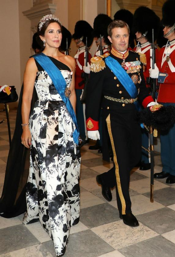 <p>Crown Princess Mary and Crown Prince Frederik of Denmark arrive at the state dinner at Christiansborg Palace in Copenhagen. Source: Getty </p>
