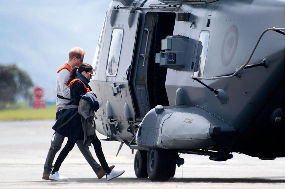 <p>The couple enjoyed some chill time together during the tour, and were spotted about to hop on a military helicopter to take them to Tasman in Wellington, New Zealand.</p>