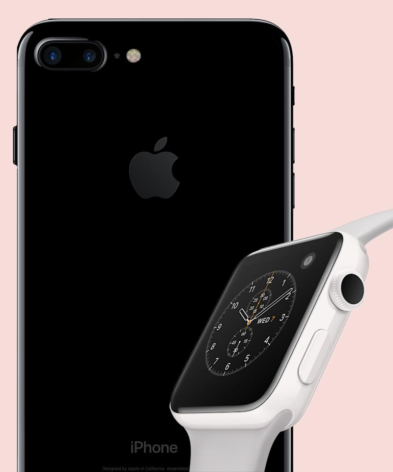 how do you know which iphone you have the iphone 7 and apple series 2 are now available 20717