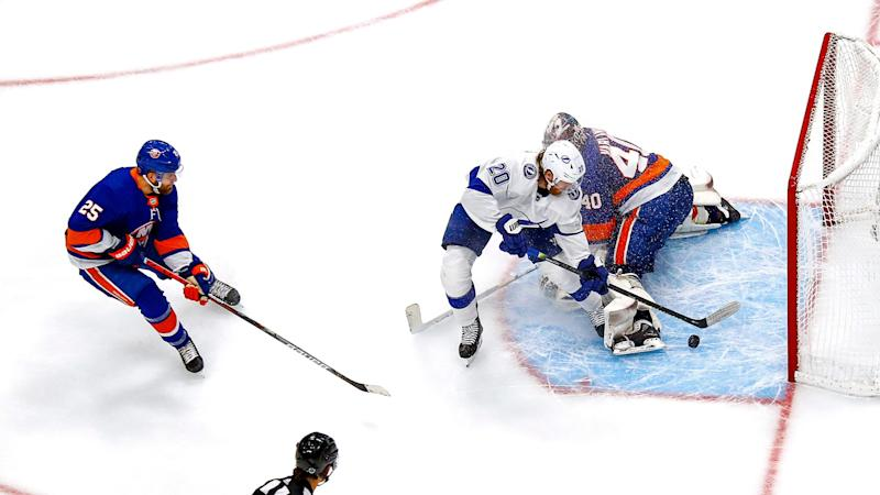 Lightning, Islanders score three goals in 27 seconds; Tampa Bay takes 3-1 series lead