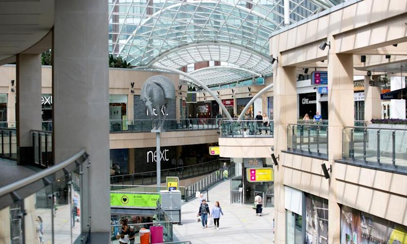 Landsec to sell almost a third of its £12.8bn property portfolio