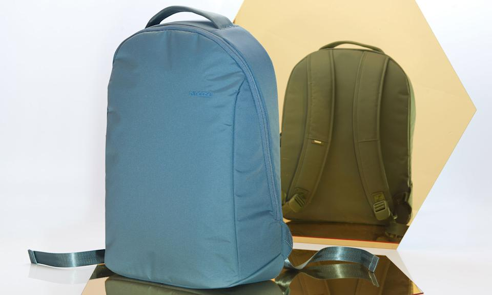 Holiday Gift Guide: Incase Bionic backpack