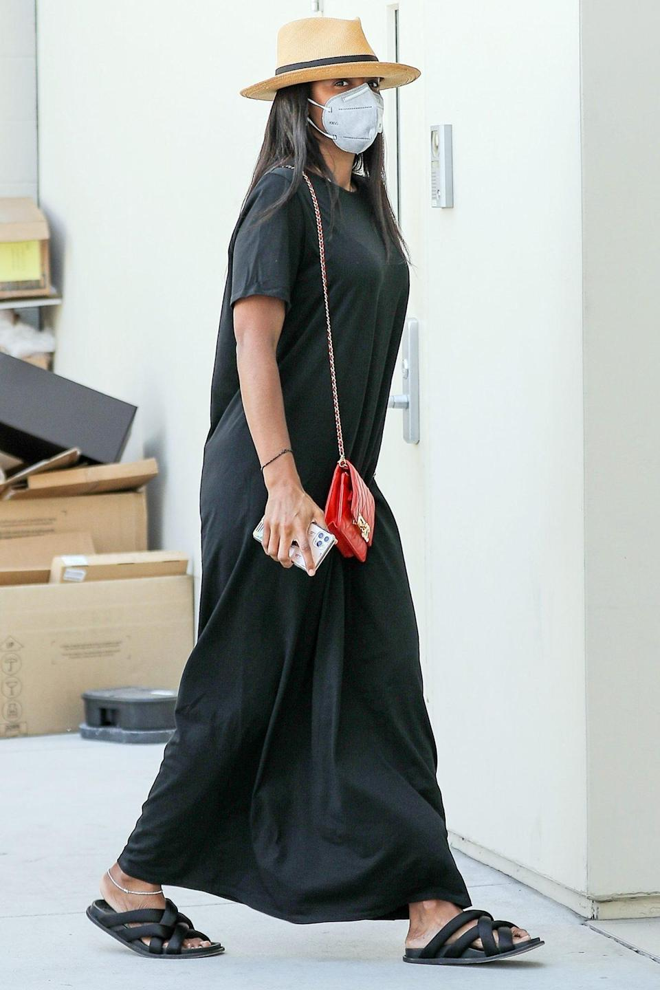 <p>Kelly Rowland steps out in Beverly Hills on Tuesday to do a little shopping on Rodeo Drive.</p>