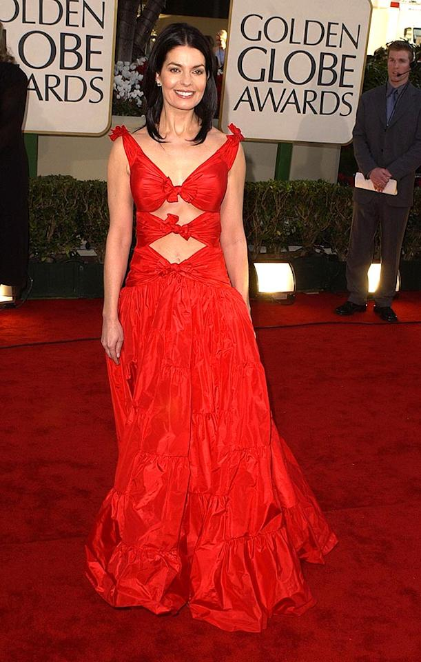 """Did Sela Ward accidentally reverse the front and back of this bow-tied bomb in 2002? Steve Granitz/<a href=""""http://www.wireimage.com"""" target=""""new"""">WireImage.com</a> - January 20, 2002"""