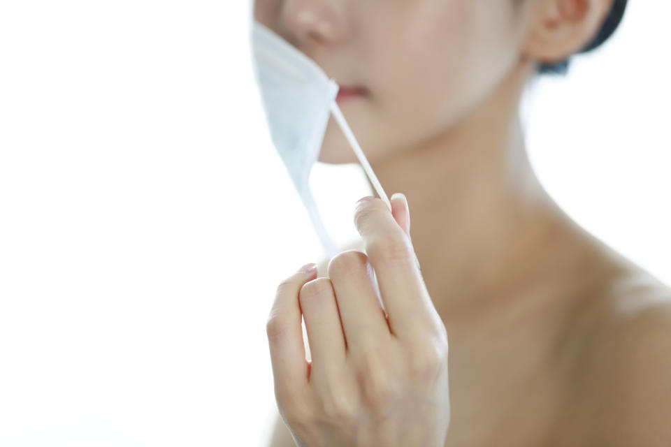 Even if face masks could trigger a cold sore, that's no excuse not to wear one. (Getty Images)