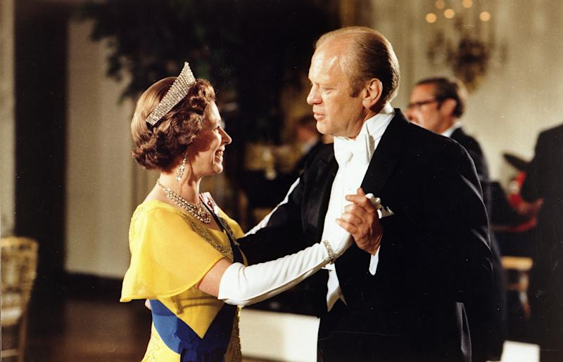 Gerald Ford, 38th President of the United States 1974-1977, dancing with Queen Elizabeth II at the ball at the White House, Washington, during the 1976 Bicentennial Celebrations of the Declaration of Independence.