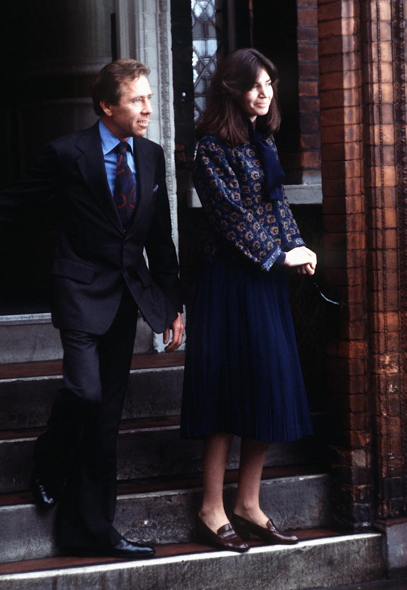 LONDON, UNITED KINGDOM - DECEMBER 15: Marriage Of Lord Snowdon And Lucy Lindsay Hogg At Kensington Register Office. (Photo by Tim Graham Photo Library via Getty Images)