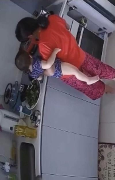 baby burned by hot water