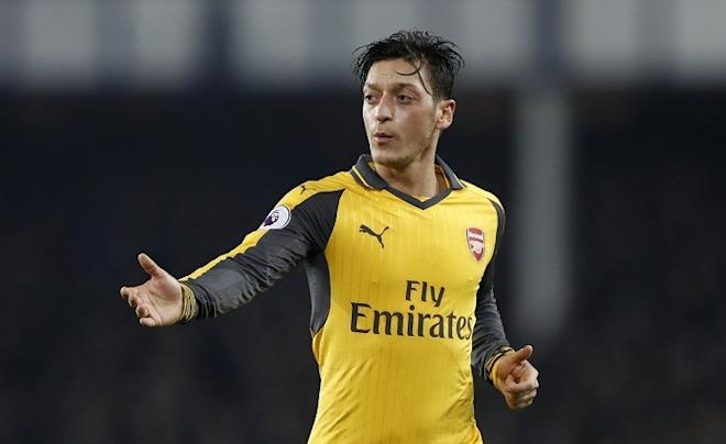 Mesut Ozil, Manchester United linked with Mesut Ozil, Manchester United transfer news, five reasons why Ozil to Manchester United would be a bad move, Arsenal transfer news,