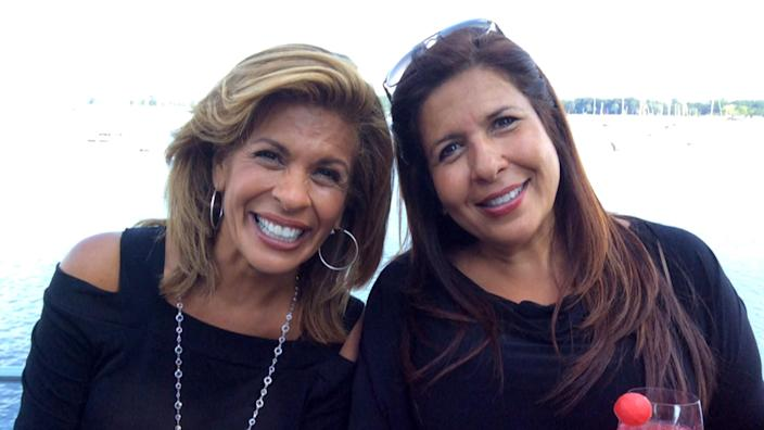 Savannah and Hoda reveal how their sisters helped them through difficult times (TODAY)