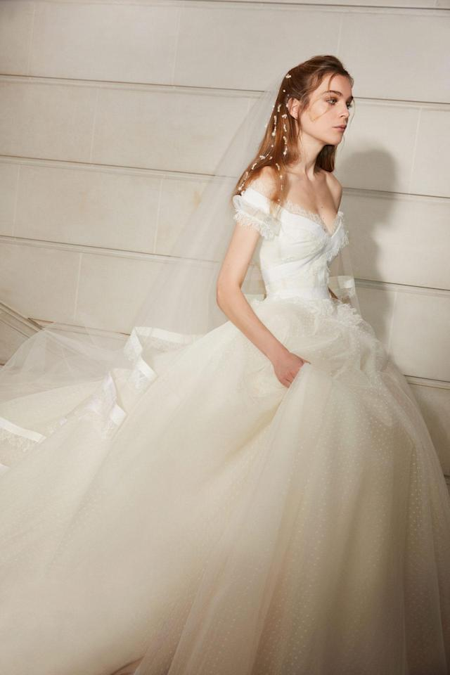 <p>Off-the-shoulder dramatic white gown. (Photo: Courtesy of Elie Saab) </p>