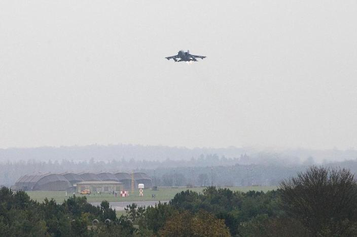 A British Royal Air Force Tornado GR4 aircraft takes off from the RAF Marham airbase in Norfolk, east England, on December 3, 2015 heading on deployment to operate out of RAF Akrotiri in Cyprus (AFP Photo/Justin Tallis)