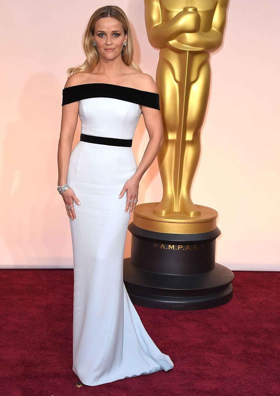 <p>Reese Witherspoon in an elegant Tom Ford gown.</p>
