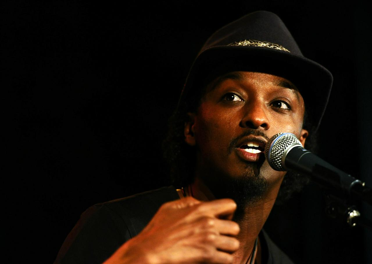 "LOS ANGELES, CA - NOVEMBER 04:  Musician K'Naan performs at ""Songs of Hope VI"" benefiting City of Hope at Esquire House LA on November 4, 2010 in Los Angeles, California.  (Photo by Alberto E. Rodriguez/Getty Images for Esquire House LA)"