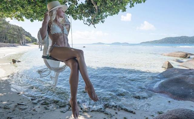 "<p>Someone's wedding diet really paid off. Julianne Hough flaunted her enviable abs on her honeymoon. (Photo: <a href=""https://www.instagram.com/p/BWpdU7yBTaS/?taken-by=juleshough"" rel=""nofollow noopener"" target=""_blank"" data-ylk=""slk:Julianne Hough via Instagram"" class=""link rapid-noclick-resp"">Julianne Hough via Instagram</a>)<br><br></p>"