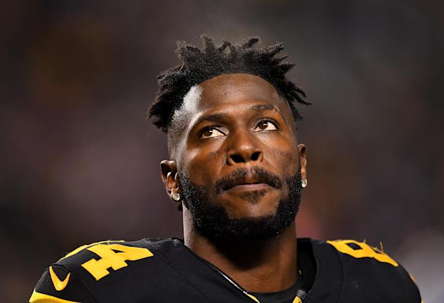 Antonio Brown is putting together a less-than-subtle campaign to leave Pittsburgh for San Francisco. (Getty)