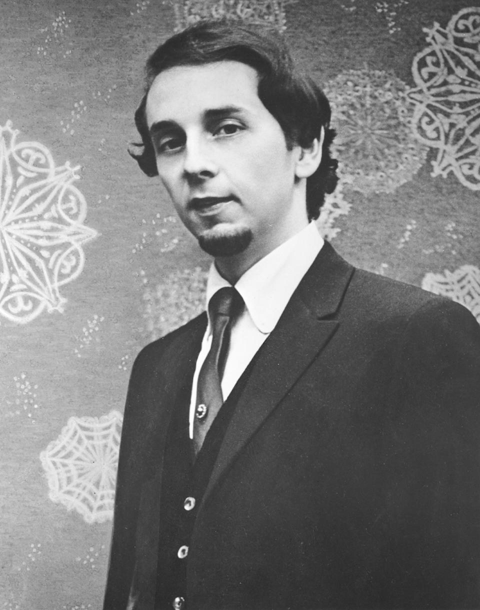 UNSPECIFIED - CIRCA 1970: Photo of Phil Spector Photo by Michael Ochs Archives/Getty Images
