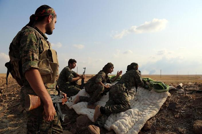 Anti-IS fighters known as the Syrian Democratic Forces, a US-backed alliance of Kurds and Arabs, have launched an offensive to capture Manbij (AFP Photo/Delil Souleiman)