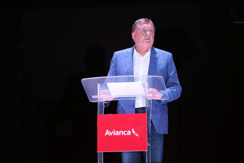 FILE PHOTO: Hernan Rincon, executive president and CEO of AVIANCA Holdings S.A., speaks during a news conference at Monsignor Oscar Arnulfo Romero International Airport in San Luis Talpa