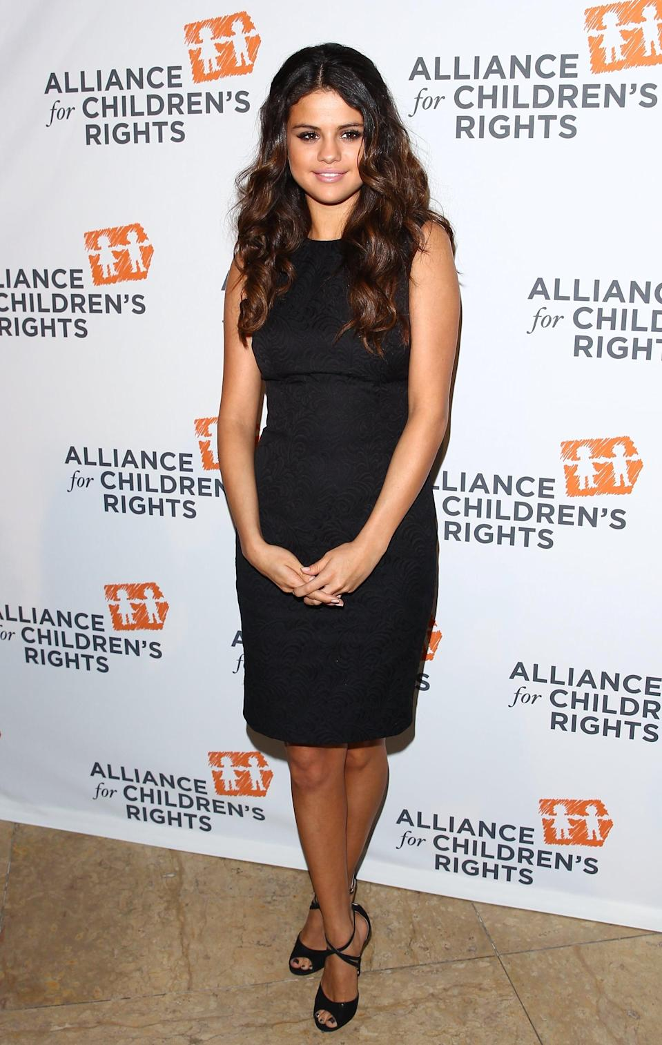 <p>Selena wore a little black dress for the Alliance For Children's Rights dinner in LA.</p>