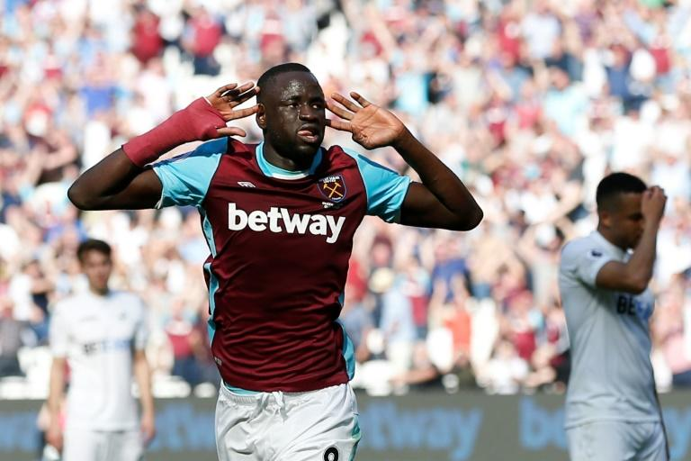 Slaven Bilic reveals why he was surprised with Kouyate against Swansea