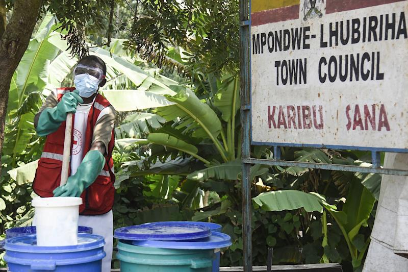 As Ebola Continues to Spread In Congo, Uganda Watches Nervously