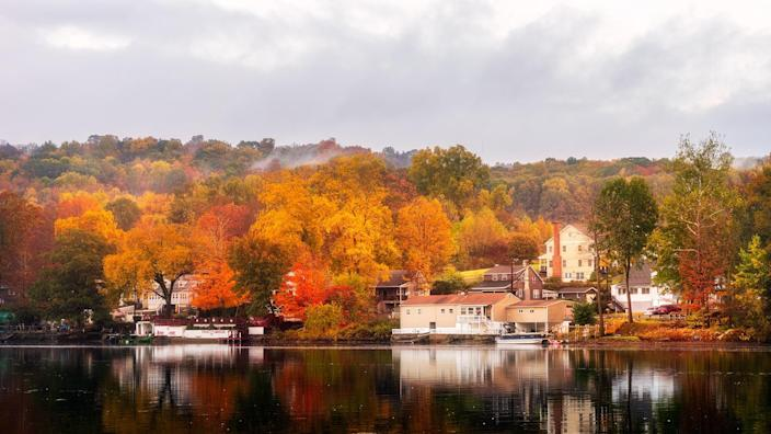 A beautiful Autumn morning in Shelton, Connecticut, USA.