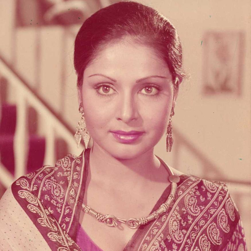 <em>Rakhee</em>: The actress, who co-starred with Amitabh Bachchan in several films, did not hesitate to take on the role of his mum in films such as Laawaris (1981) and Shakti (1982). In the late 1980s, the actor portrayed the role of a bereaved mother, often at the mercy of villains in films like Baazigar (1993), Khalnayak (1993), Karan Arjun (1995) among others. (Image: Special Arrangement)