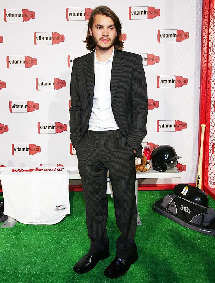 """Emile Hirsch offsets his scruffy facial hair with a dapper suit. Astrid Stawiarz/<a href=""""http://www.gettyimages.com/"""" target=""""new"""">GettyImages.com</a> - July 14, 2008"""