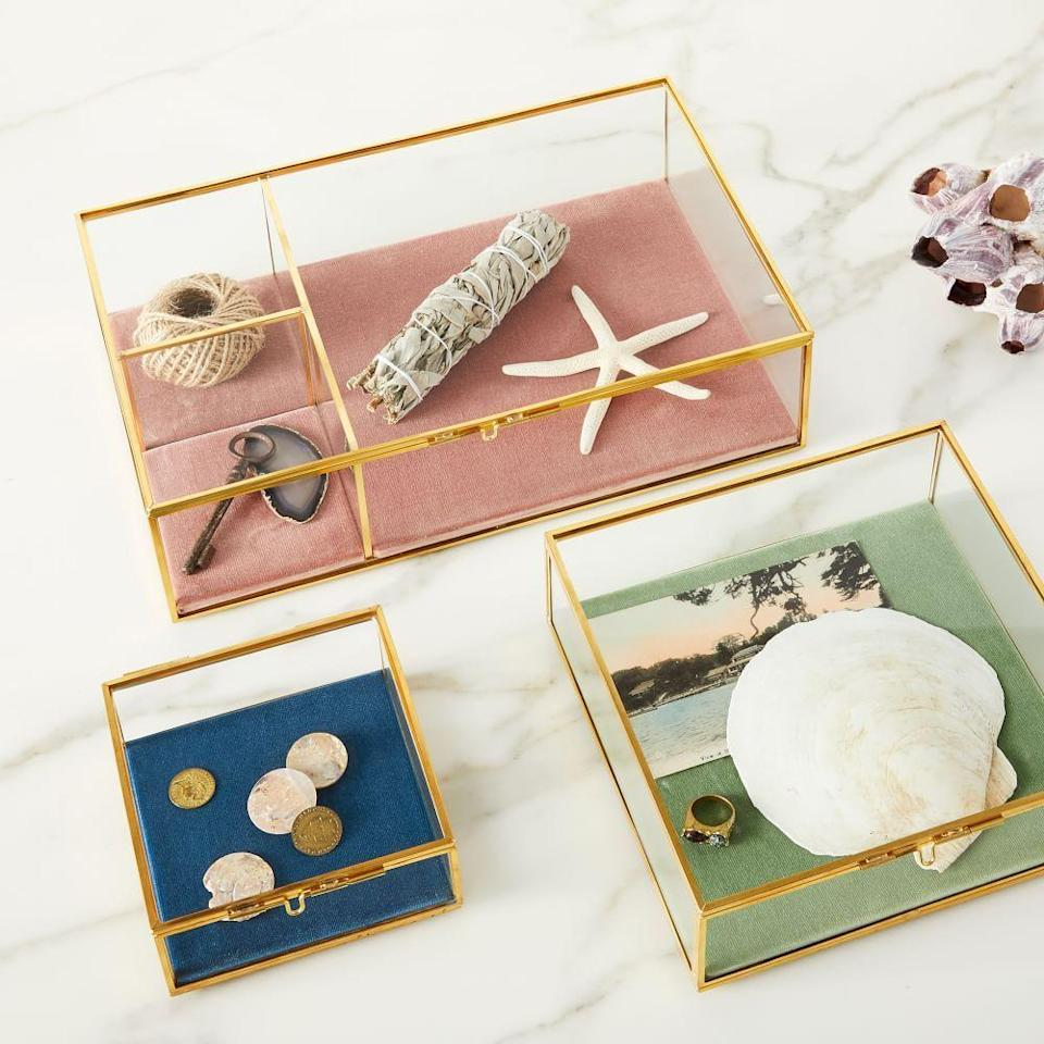 """<p><strong>West Elm</strong></p><p>westelm.com</p><p><strong>$90.00</strong></p><p><a href=""""https://go.redirectingat.com?id=74968X1596630&url=https%3A%2F%2Fwww.westelm.com%2Fproducts%2Fterrace-shadow-boxes-d8506&sref=https%3A%2F%2Fwww.cosmopolitan.com%2Fstyle-beauty%2Ffashion%2Fg36052314%2Fstepmom-gifts%2F"""" rel=""""nofollow noopener"""" target=""""_blank"""" data-ylk=""""slk:Shop Now"""" class=""""link rapid-noclick-resp"""">Shop Now</a></p><p>Bonus points if you fill it up with family memories and mementos.</p>"""